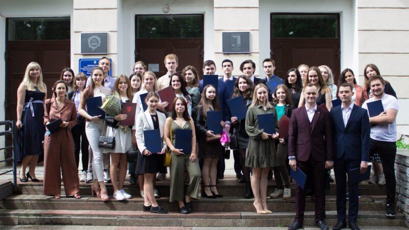 Выпускники кафедры социологии ЯрГУ получили дипломы